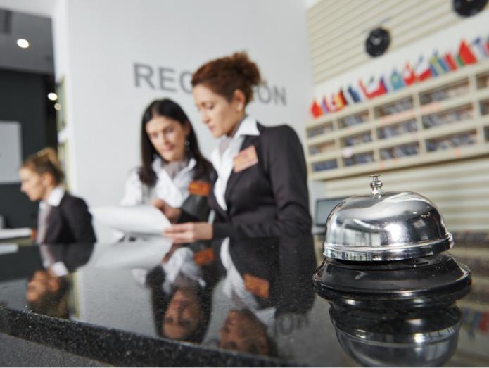 En plus du flou de la date de reprise, les entreprises sont dans l'inconnu du retour de leurs salariés en chômage partiel. - DR : Depositphotos