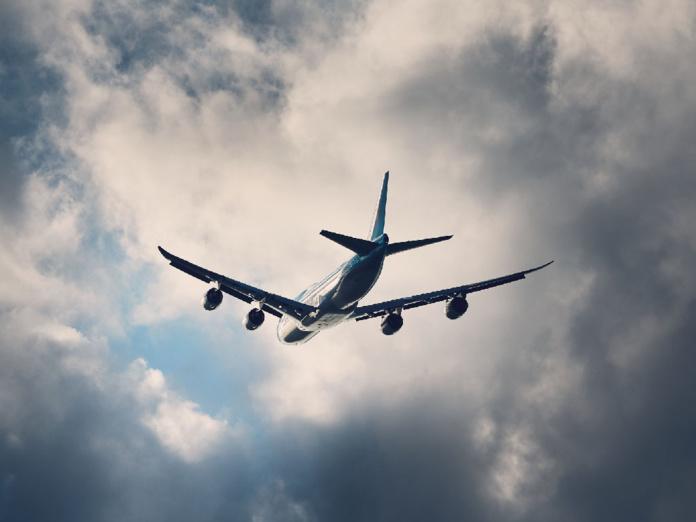 Dans cette affaire, et de manière surprenante par rapport aux interprétations précédentes, la Cour a estimé que l'atterrissage dans un autre aéroport proche du premier, ne constituait pas un fait octroyant au passager le paiement de compensations statutaires - Depositphotos.com Chalabala