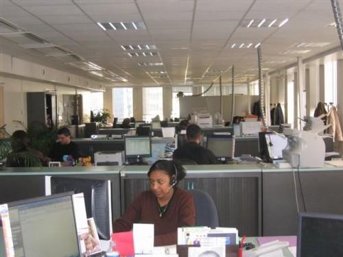 Le plateau d'affaires du site de la Défense (Tour Atlantique) emploie une centaine de collaborateurs