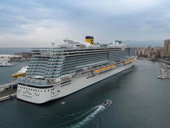 Le Costa Smeralda est le premier des quatre navires à proposer des croisières Costa au cours de  l'été 2021 en Méditerranée. - DR Costa Croisières
