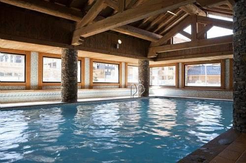 Au Carroz-d'Arraches, la résidence Pierre & Vacances Les Fermes du Soleil a fait appel à Deep Nature Spa. ©DR