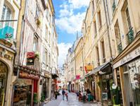 Rue Froide : Caen la Mer / Les Conteurs ( Droits réservés Office de Tourisme & des Congrès)