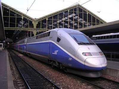 La commission Mobilité 21 conseille de sortir du tout TGV, en reportant la plupart des projets de lignes ferroviaires à grande vitesse LGV - DR