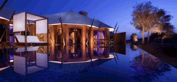 Le top 7 des piscines d 39 h tels les plus insolites - Les hotels les plus insolites ...