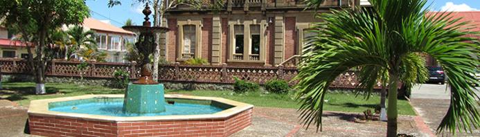 """Architecture  coloniale quartier du """"Petit Paris"""""""