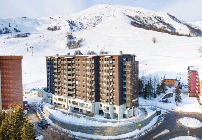 Constituée de 310 modules bois, l'Etoile des Sybelles comporte aussi des salons, des salles d'animation, des espaces de détente et d'animations - DR : Sybelles.ski