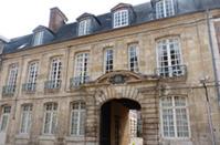 Rue Sadi Carnot - hôtel 18è siècle © Thérèse Aubreton