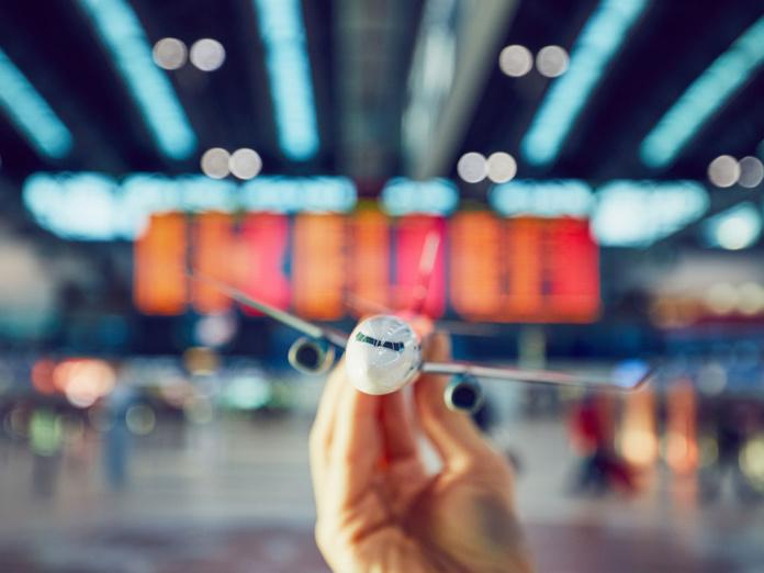 Vols annulés : les passagers ont ainsi dû accepter des à valoir, non garanties contre l'insolvabilité des compagnies aériennes et qui retardent voir évitent un remboursement simple - Depositphotos.com  Chalabala