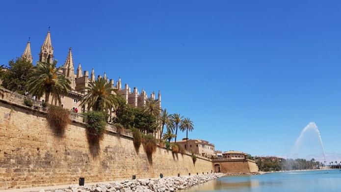 Le Portugal applique un couvre-feu à 15h30 chaque weekend, en Catalogne (Espagne) de nouvelles mesures - RP
