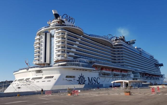 Le MSC Seaside amarré au port de Syracuse en Sicile - Photo CE