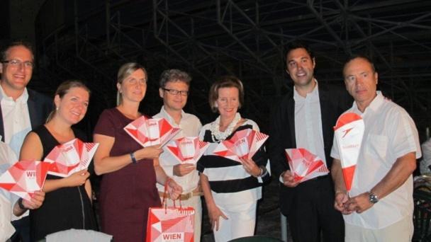 L'Autriche en habit de gala dans les Arènes d'Arles avec l'Ecole espagnole de Vienne