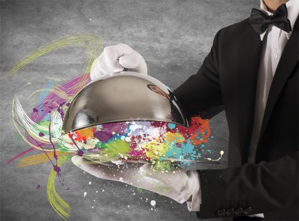 Directeur de la restauration au sein d'un hôtel : Ce poste nécessite une présence importante sur le terrain et un très grand dynamisme. Il est nécessaire d'être très disponible et d'avoir un bon relationnel avec les clients.© alphaspirit - Fotolia.com