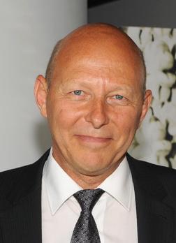 Bernard Bousquet - Dr