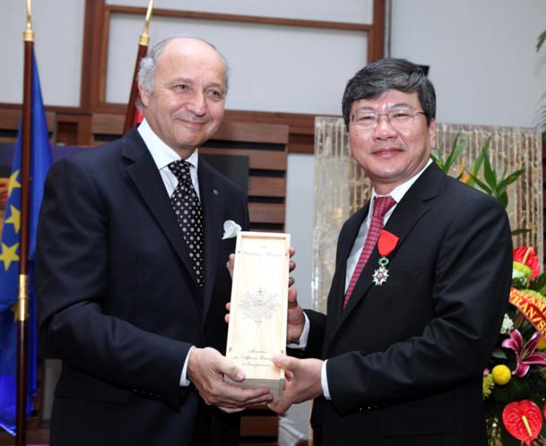 Le PDG de Vietnam Airlines a reçu la légion d'honneur