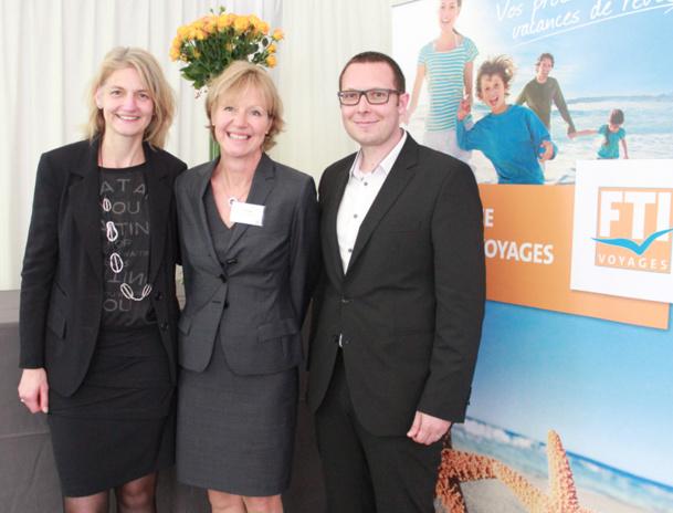 Anke Hsu, DG France, Anne Rösener, la Pdg de FTI Voyages et Thomas Giband, le directeur marketing et back office commercial, lors de la conférence de presse à Paris - DR