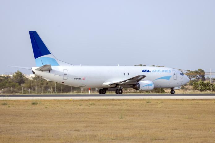 ASL Airlines lance des vols Paris Alger /crédit DepositPhoto
