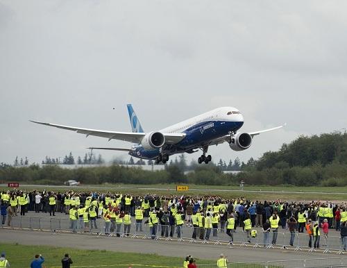 Après un vol d'essai de plus de 5 heures, le Boeing B787-9 Dreamliner s'est posé sans encombre à Seattle - Photo Boeing