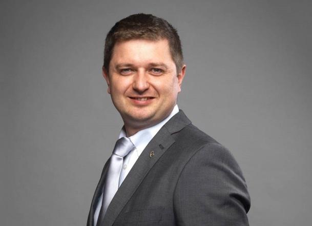 Rémi Ohayon, consultant marketing en hôtellerie depuis 15 ans, vient de sortir un livre: « Addi(c)tion, Le hold-up des intermédiaires du tourisme en ligne » - DR