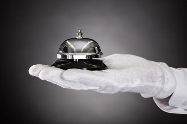 Le Guest Relation Manager est un interlocuteur privilégié qui doit devenir incontournable pour le client, de la réservation jusqu'au plus petit détail du séjour © apops - Fotolia.com