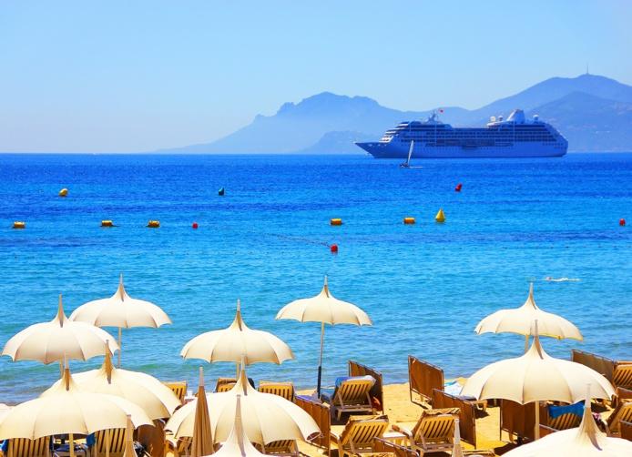 Dans les ventes effectuées par les opérateurs de voyage, la part de la France métropolitaine est passée de 18% du nombre de vacanciers en 2019 à 32% au cours de l'été 2021 - DR : DepositPhotos.com, matfron