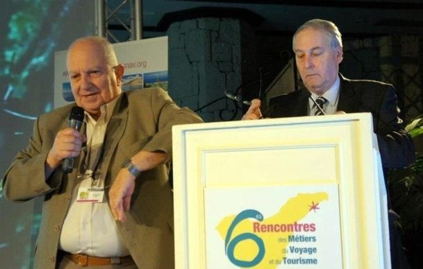 Raoul Nabet (gche) et Alain Werwilghen, secrétaire général de l'EGFATT avait présenté à l'occasion du Congrès du SNAV à Tenerife le Calamity Fund - Photo CE