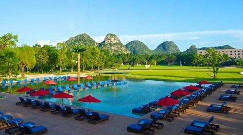 Le village 4 tridents du Club Med à Guilin compte trois piscines dont une d'intérieur - Photo DR