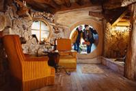 Domain de la Pierre Ronde – Maison de Hobbit © My destination - BFC Tourisme