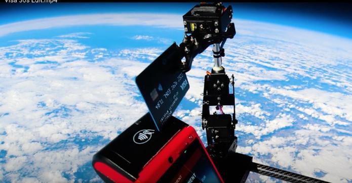 Mooncard et VISA ont réalisé le premier paiement corporate de l'Histoire dans la stratosphère - DR : Mooncard