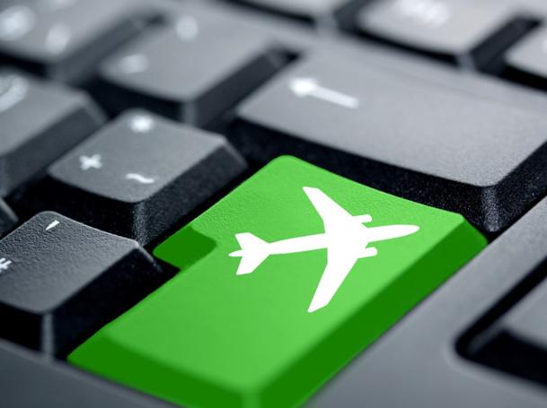 Les agents de voyages ne doivent pas avoir peur d'Internet mais s'inspirer des innovations qui s'y créent et s'adapter aux changements apportés par ce média - © IckeT - Fotolia.com
