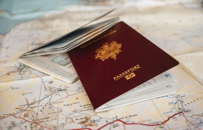 Certains pays allègent leurs conditions sanitaires d'entrée sur leur territoire mais imposent la souscription d'une assurance voyage - DR Pixabay