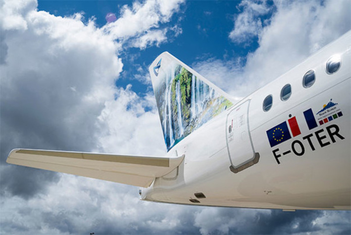 Le F-OTER, l'un des 3 A220 d'Air Austral ©Air Austral