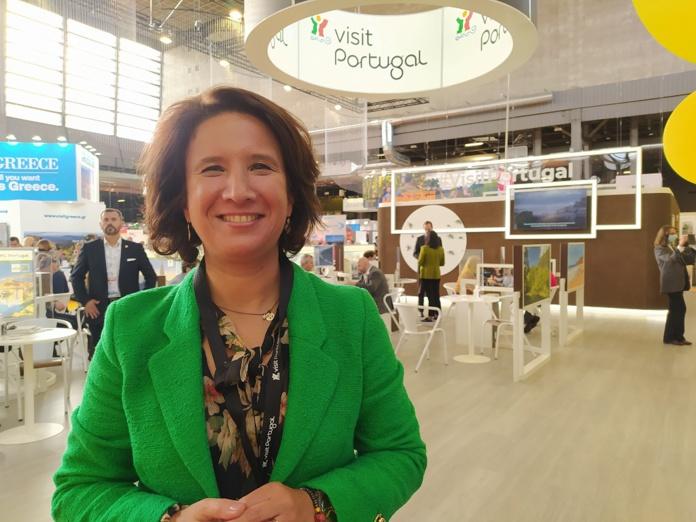 Rita Marques, secrétaire d'Etat du Tourisme portugais, sur le stand de la destination, lors de l'IFTM Top Resa, mercredi 6 octobre 2021. - CL