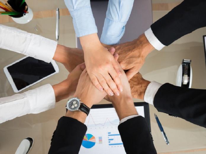 Coopérative d'activité et d'emploi (CAE) : l'association Respire, le tourisme de demain accompagnera d'ici la fin de l'année 2021 les porteurs de projets du tourisme. - Depositphotos