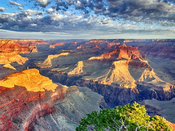 Les réservations de séjours de 9 à 13 nuits, correspondant bien souvent aux circuits de découverte de l'Ouest américain ou des grands parcs, baissent de -27%. © Frédéric Prochasson - Fotolia.com