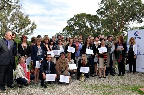 Une partie des 156 professionnels du tourisme varois, titulaires de la marque Qualité Tourisme  étaient présents sur ces 6èmes Rencontres Qualivar Tourisme pour recevoir symboliquement leur « certificat »  - Photo DR