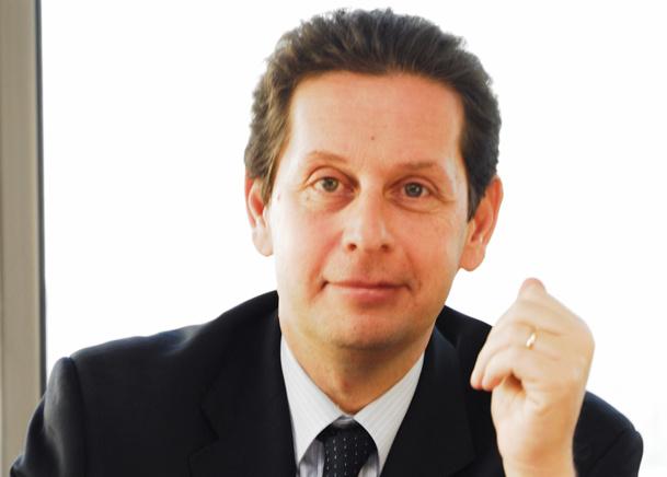 """Philippe Korcia : """"Et vous verrez que, si 95% des agences font leurs résultats, c'est bien grâce aux super commissions. Mais, si vous faites du 2, 3 euros sur du « on line », on n'aura plus de super commissions, parce que nos chiffres vont baisser !"""" - DR"""