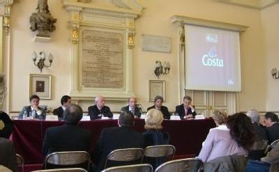 Costa Croisière : le Costa Serena se fait baptiser à Marseille
