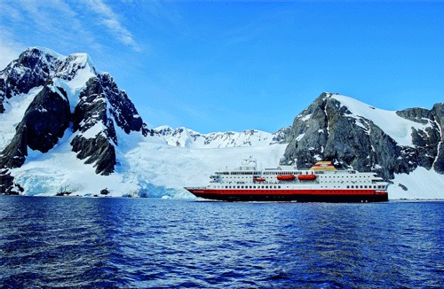 Le MS Nordnorge en Antarctique