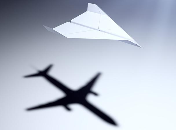 Les travel managers doivent parfois vaincre certaines réticences de leurs salariés, pas toujours ravis de voyager à bas prix - © Mopic - Fotolia.com
