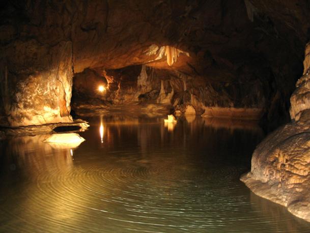 Cela fait 15 ans que la Grotte de Lombrives organise le réveillon sous terre. - DR