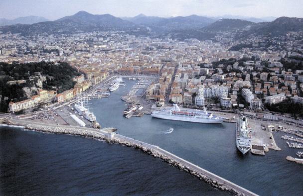 Croisi res le port de nice souhaite adapter ses quais - Port embarquement croisiere marseille ...
