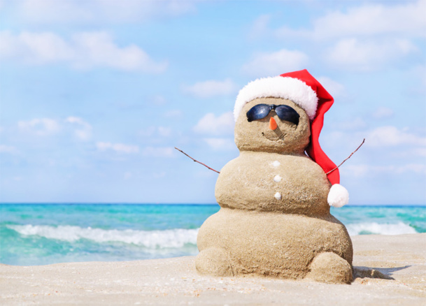 Alors, non pas parce que c'est la coutume, mais parce que c'est ma volonté, je voudrais vous souhaiter à tous un très joyeux Noël et tout ce que chacun d'entre vous peut souhaiter pour cette année 2014, qui va surement nous réserver quelques surprises © EMrpize - Fotolia.com
