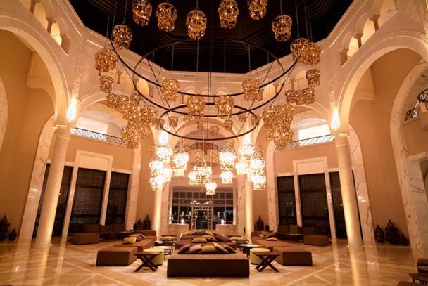 Lobby du bar Moka au Radisson Blu Palace Resort - DR : Radisson