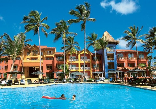 2014 : Tourist arrivals to the Caribbean are expected to rise two and three per cent