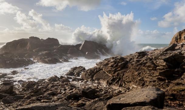 Des vagues de 7 et parfois 8 mètres ont frappé le littoral Atlantique en janvier et février 2014 - DR: © Sébastien Delaunay - Fotolia.com