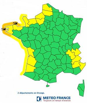 Le Finistère et les Côtes-d'Armor vont essuyer de fortes vagues dans la nuit de jeudi 27 à vendredi 28 février 2014 - DR : Météo France
