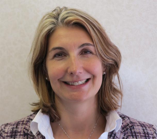 Depuis 2011, Fabienne Kergoat Deneuville était Directrice Animation Réseau chez AS Voyages. Elle rejoint aujourd'hui FRAM - DR