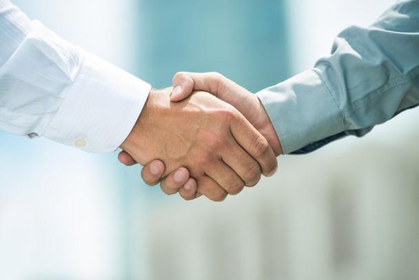 """""""Pour une bonne négociation, la recherche d'un compromis doit être la priorité des deux côtés. Nous l'avons fait. Certains partenaires l'ont fait. D'autres ont pu ne pas souhaiter le faire"""" - DR : © DragonImages - Fotolia.com"""
