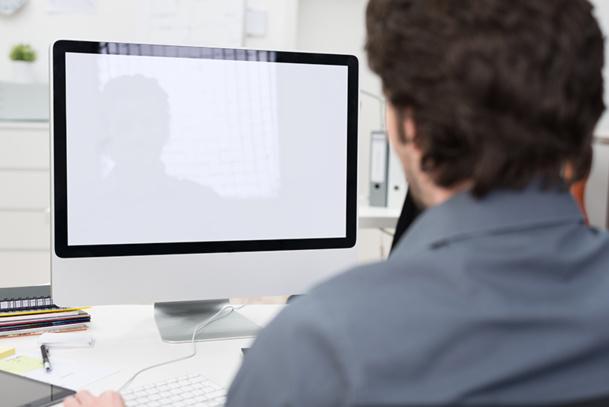 L'Implementation Manager est l'ingénieur technique responsable de la mise en place d'une solution adaptée à un client spécifique © contrastwerkstatt - Fotolia.com