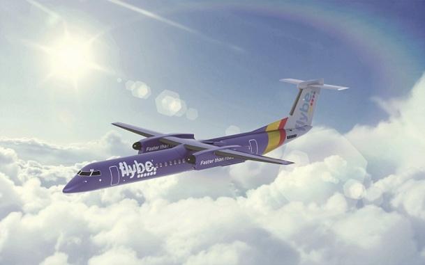 Pour le lancement de Flybe Puprle, la compagnie aérienne peint l'un de ses appareils en violet - Photo DR